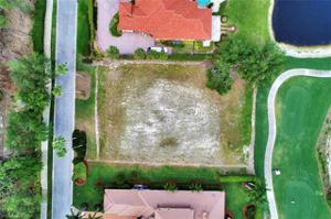 6417 Highcroft Dr, Naples, FL 34119