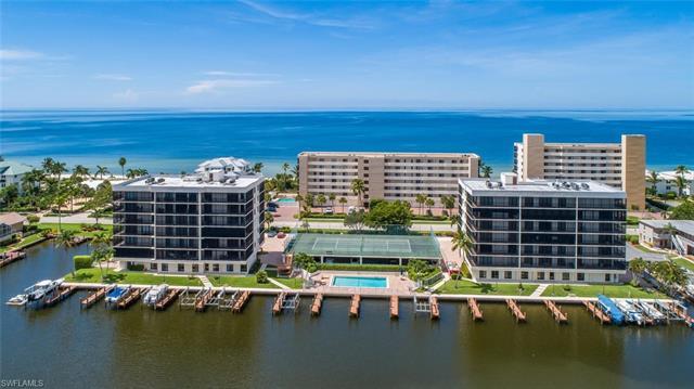 10420 Gulf Shore Dr 162, Naples, FL 34108
