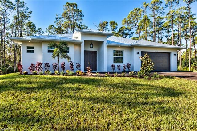 9360 Bonita Bill St, Bonita Springs, FL 34135