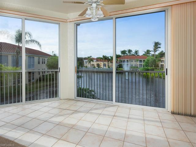 800 Lambiance Cir 8-202, Naples, FL 34108