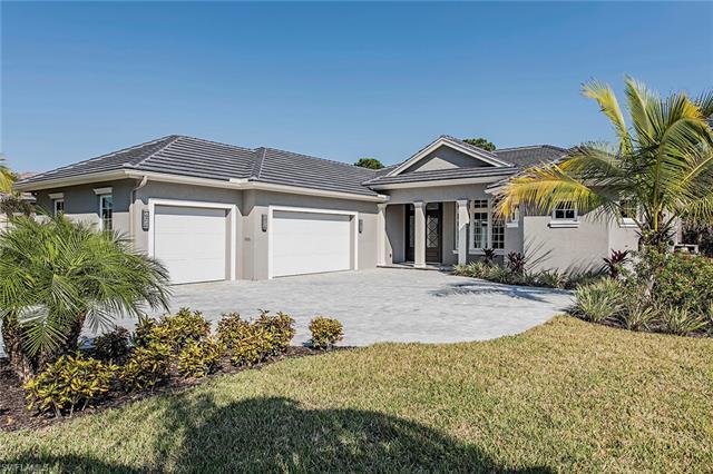 6576 Ridgewood Dr, Naples, FL 34108