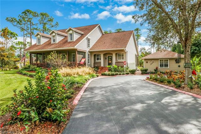 5920 English Oaks Ln, Naples, FL 34119