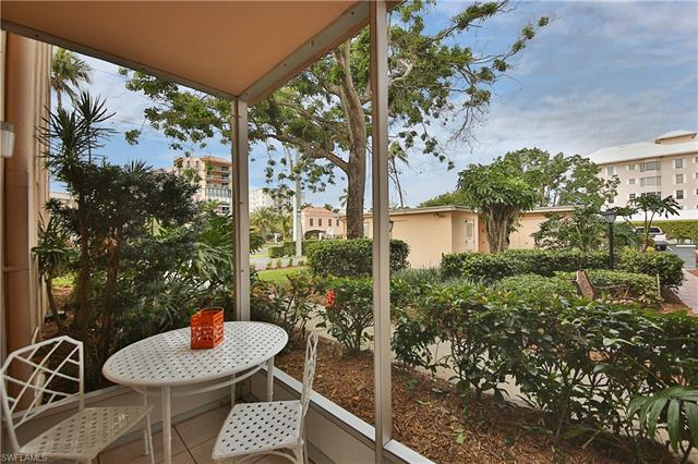 1100 Gulf Shore Blvd N 108, Naples, FL 34102