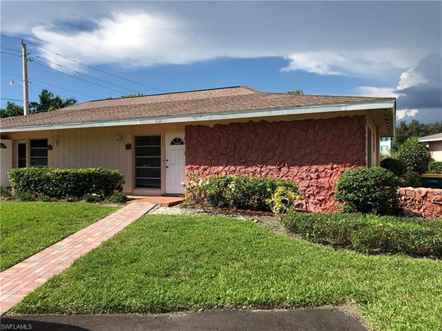 525 Palm View Dr 19, Naples, FL 34110