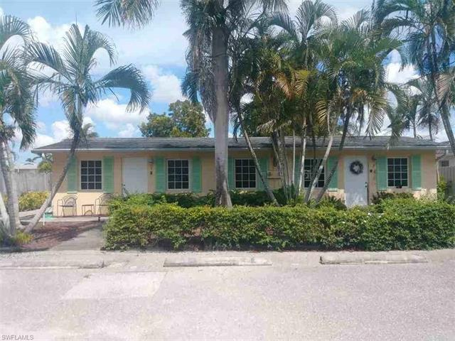 2805 Riverview Dr, Naples, FL 34112