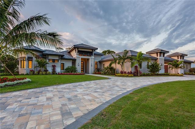 135 North St, Naples, FL 34108