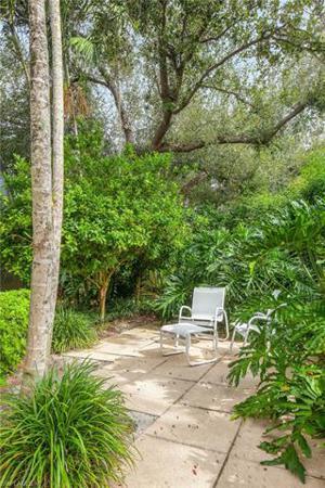 703 Willowwood Ln, Naples, FL 34108