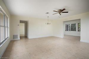 587 Sanford Dr, Fort Myers, FL 33919
