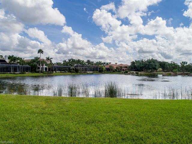 1640 Chinaberry Way, Naples, FL 34105