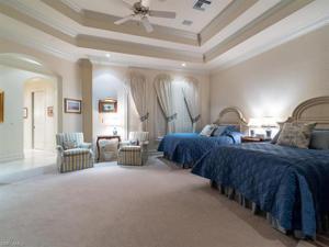 1640 Chinaberry Way, Naples, FL 34105