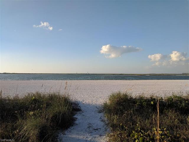 350 Seabreeze Dr, Marco Island, FL 34145