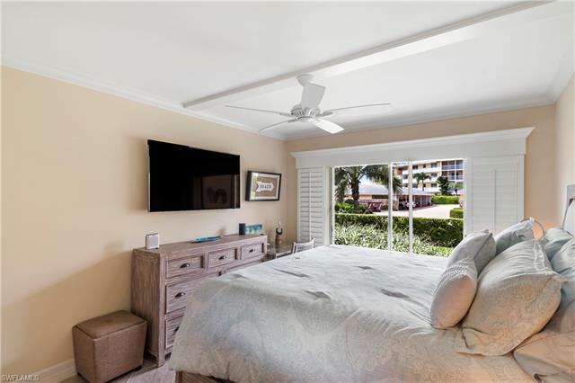 1100 Gulf Shore Blvd N 106, Naples, FL 34102