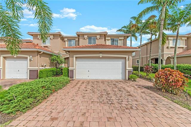 9723 Roundstone Cir, Fort Myers, FL 33967