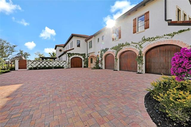 16622 Firenze Way, Naples, FL 34110
