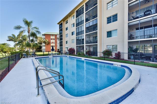 190 Pebble Beach Blvd 205, Naples, FL 34113