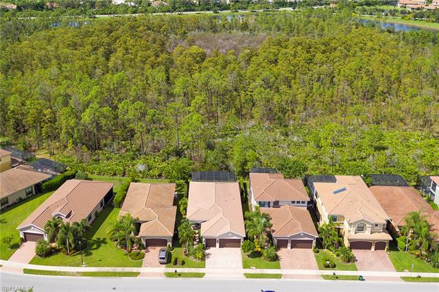 3443 Pacific Dr, Naples, FL 34119