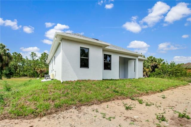 3420 22nd Ave Ne, Naples, FL 34120