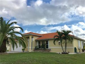 480 16th St Se, Naples, FL 34117
