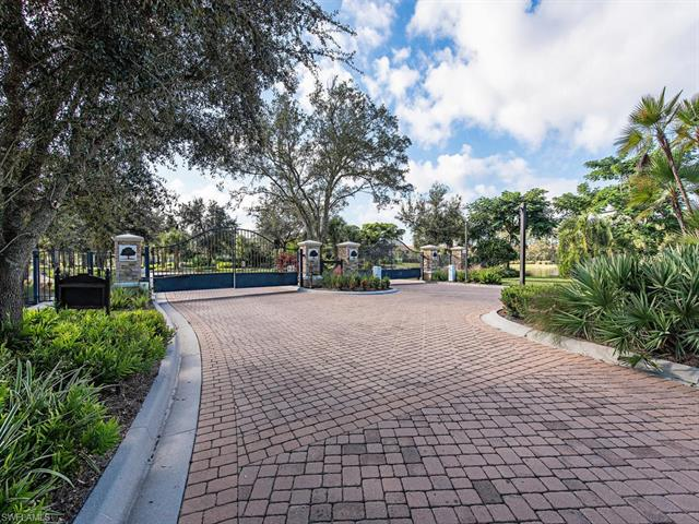 3639 Canopy Cir, Naples, FL 34120