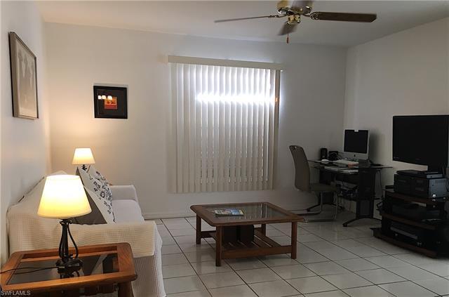80 Madison Dr, Naples, FL 34110