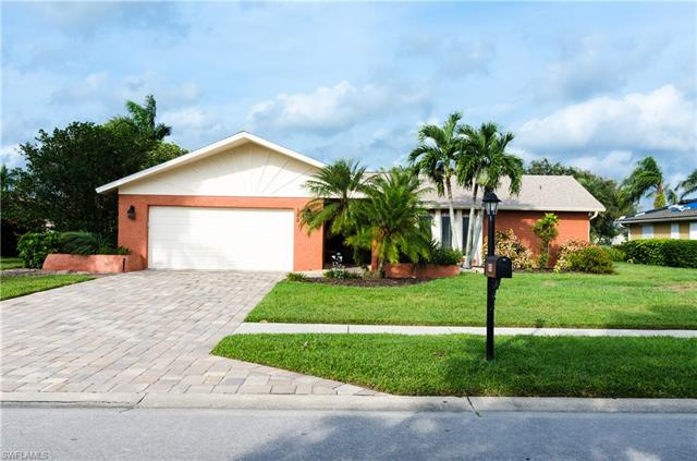 155 Saint Andrews Blvd, Naples, FL 34113