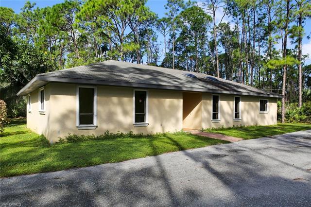 25230 Busy Bee Dr, Bonita Springs, FL 34135