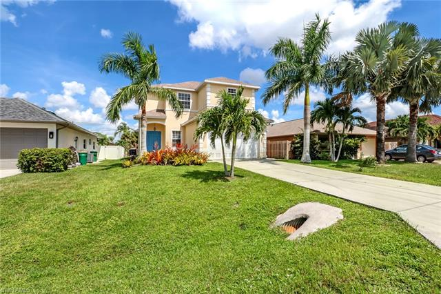 531 105th Ave N, Naples, FL 34108