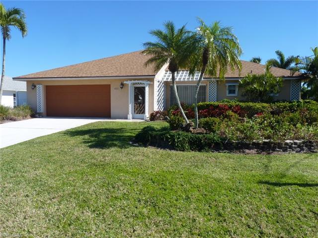 405 Grenada Ave, Naples, FL 34113