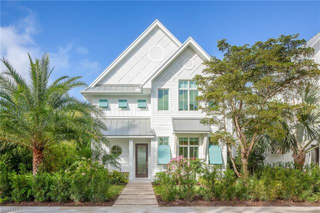122 6th St S, Naples, FL 34102
