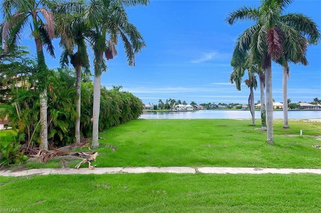 1761 Ludlow Rd, Marco Island, FL 34145