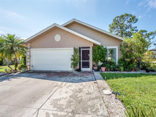 5001 Catalina Ct, Naples, FL 34112
