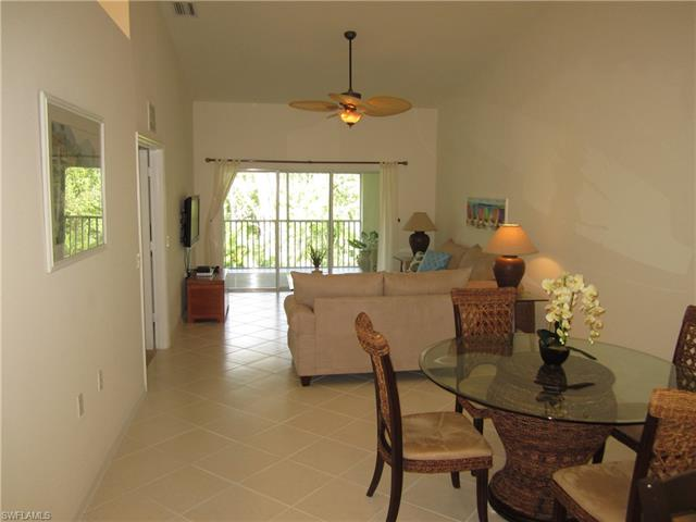 2360 Hidden Lake Ct 8406, Naples, FL 34112