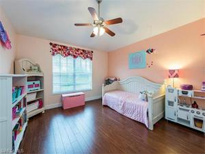 847 Hampton Cir 151, Naples, FL 34105
