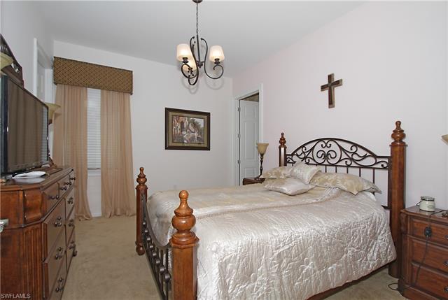 1604 Mockingbird Dr, Naples, FL 34120