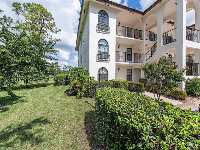 601 Augusta Blvd 11, Naples, FL 34113