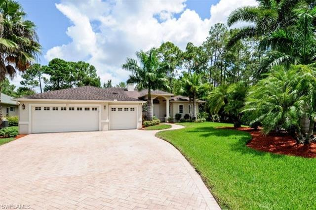 19 Heritage Way, Naples, FL 34110