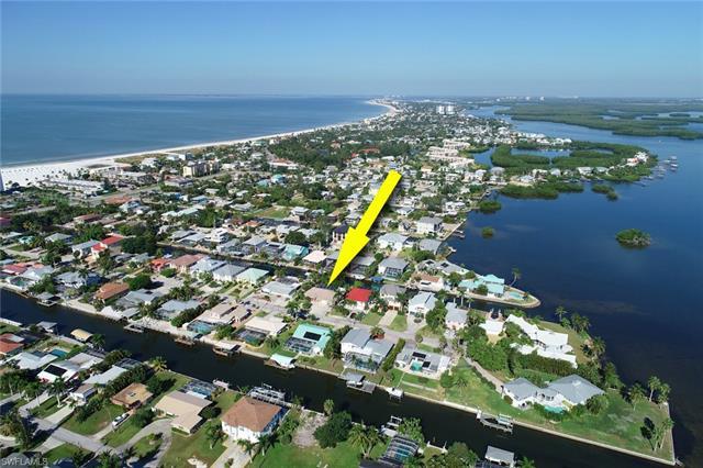 237 Egret St, Fort Myers Beach, FL 33931