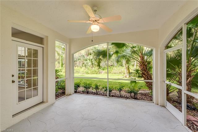 73 Silver Oaks Cir 10103, Naples, FL 34119