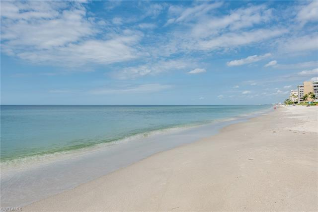 3333 Gulf Shore Blvd N 103, Naples, FL 34103