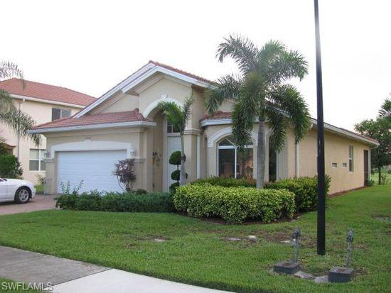 1736 Birdie Dr, Naples, FL 34120