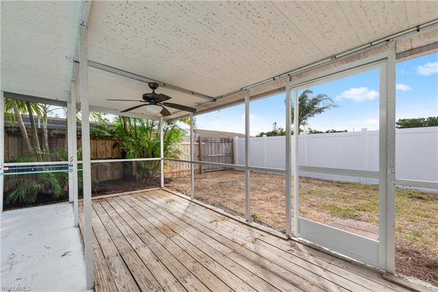 856 Creighton Dr, Fort Myers, FL 33919