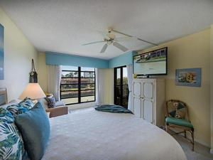2313 Gulf Shore Blvd N 312, Naples, FL 34103