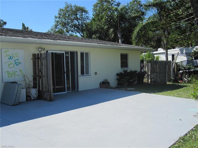 27581/583 Sherry Ln, Bonita Springs, FL 34134