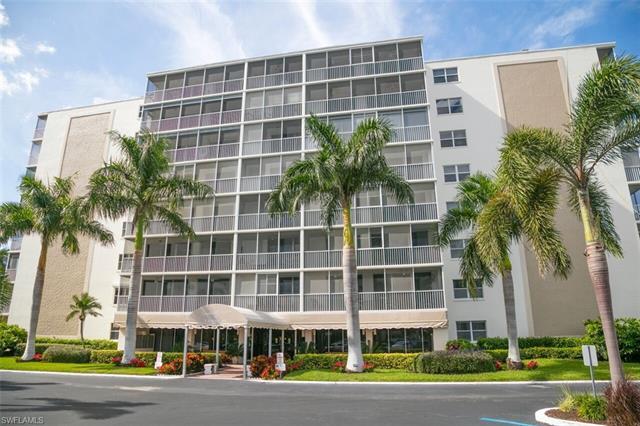 3 Bluebill Ave 507, Naples, FL 34108