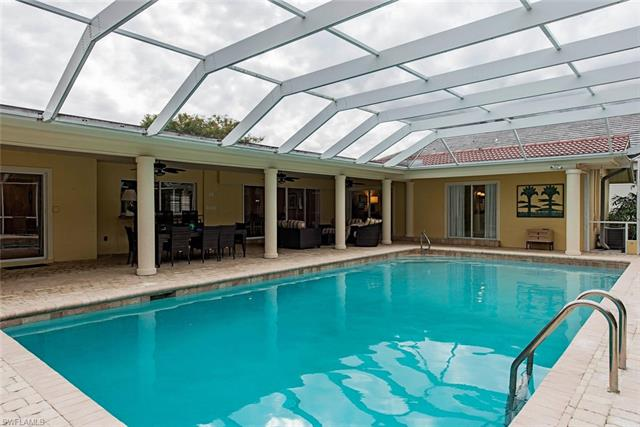 675 Regatta Rd, Naples, FL 34103