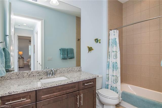 7146 Dominica Dr, Naples, FL 34113