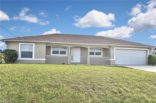929 Portland Ave S, Lehigh Acres, FL 33974