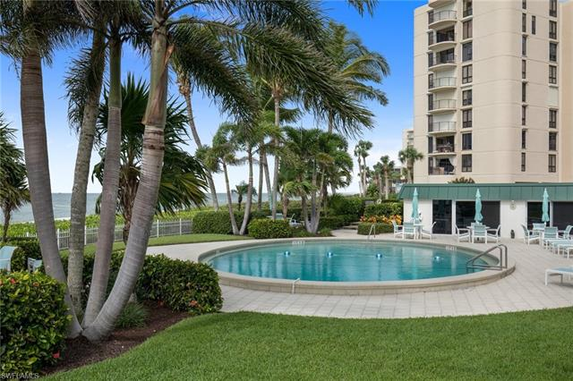 3003 Gulf Shore Blvd N 103, Naples, FL 34103
