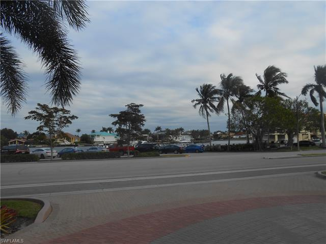 4451 Gulf Shore Blvd N 803, Naples, FL 34103