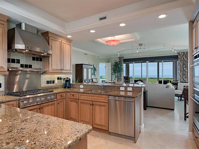 275 Indies Way 1206, Naples, FL 34110